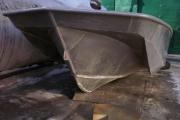Алюминиевая рыбацкая лодка